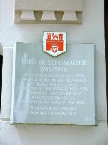 Gedenktafel Büro Schumacher