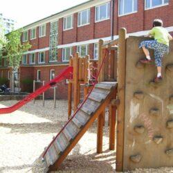 Spielplatz vor der Egestorffschule
