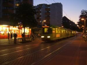 Limmerstraße bei Nacht