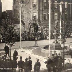 Einweihung des Nachtwächterbrunnen 1886