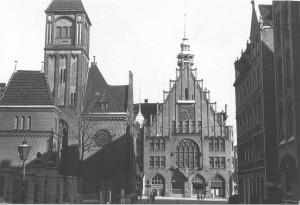 Lindener Rathaus 1943 - Foto: Dirk Schaefer