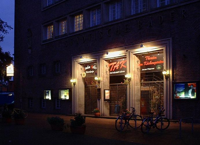 Schiller - Live ErLeben - Die Einlassmusik