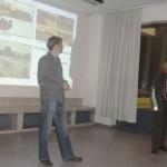 Kai Sievert (links) und Manfred Wassmann begrüßen die Anwesenden