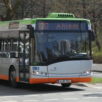 Neue Sonderfahrpläne von ÜSTRA und regiobus