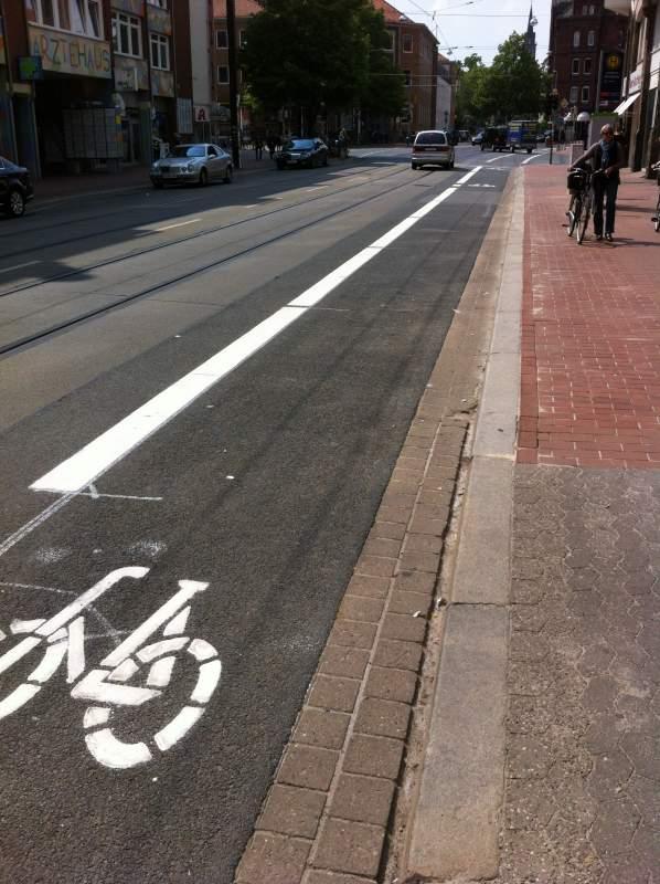 Fahrradschutzstreifen (2)