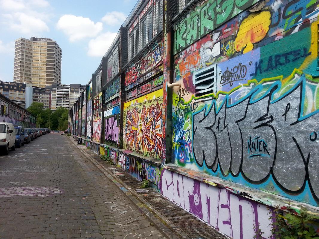 letzte glocksee graffitis vor dem abriss linden entdecken. Black Bedroom Furniture Sets. Home Design Ideas