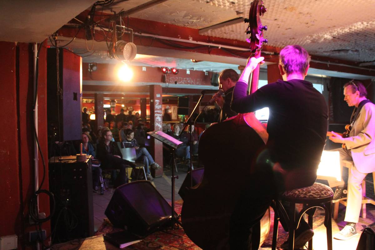 Livemusik - Bei Chez Heinz