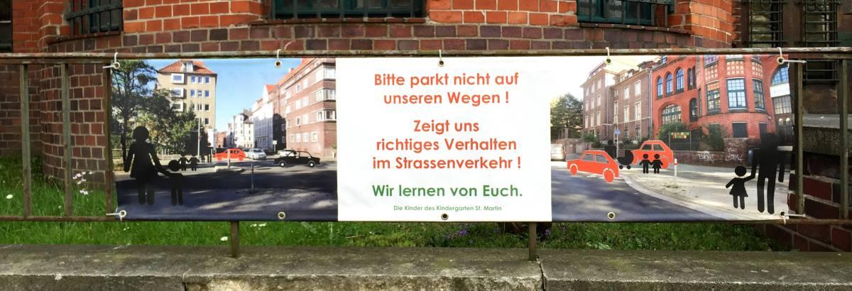 Parkt nicht auf unseren Wegen