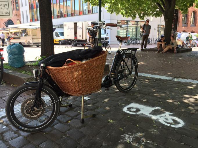 Platz da - Lindener Markt am 04.06.16 (Foto: hannovercyclechic)