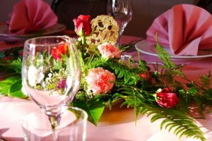 Goldenen Hochzeit (Bild: © PeterKraayvanger – pixabay.com)