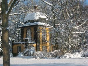 Fotoboxmotiv: Küchengartenpavillon im Winter