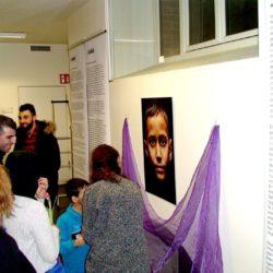 """Ausstellung: """"Zwischen Heimat und Fremde"""""""