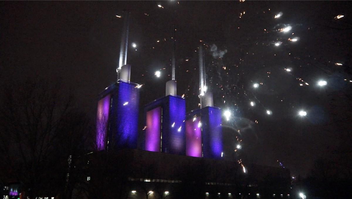 Virtuelles Feuerwerk am Heizkraftwerk Linden