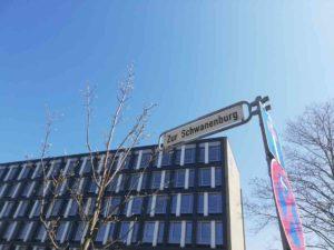 Zur Schwanenburg
