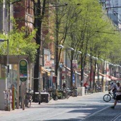 """Von der Flaniermeile zur sommerlichen Uriniermeile? Das Zentrum des """"Limmerns"""": die Limmerstraße."""