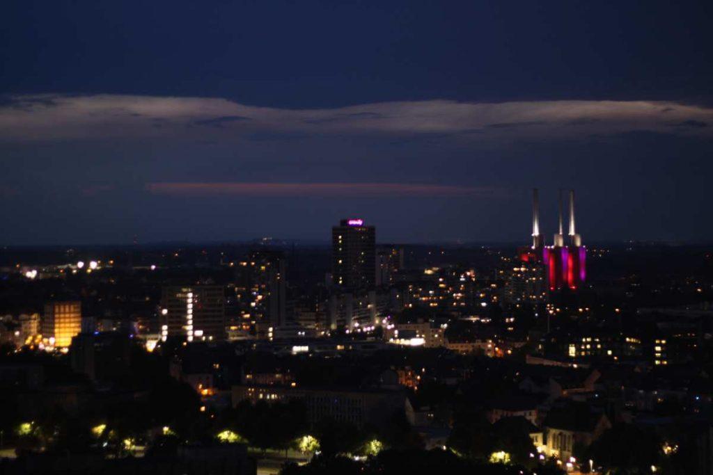 Linden bei Nacht