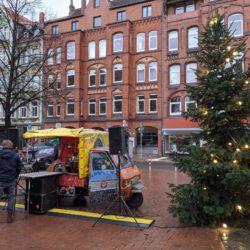 Geschenkeflashmob am Lindener Markt