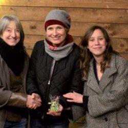 Freuen sich (von links): Sabine Opiela, Simone Kohl und Ksenia