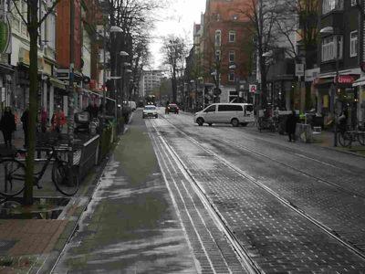 Autoverkehr Limmerstraße