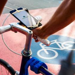Fahrradlenker mit Smartphone