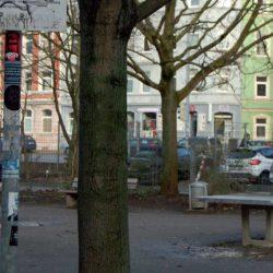 Tischtennisplatten für Erwachsene im Stadtbezirk zugänglich