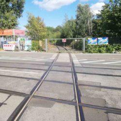 Gleiskreuz im Bauweg