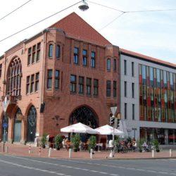 """Linden hat ein zwar noch zwei ehemalige Rathäuser (hier das """"neue""""), aber sie sind heute weitgehend funktionslos."""