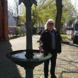 Die Brunnensaison 2021 beginnt am Tierbrunnen in Linden