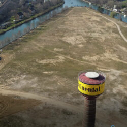 Echt jetzt? 13geschössiges Hochhaus am Deutschen Eck der Wasserstadt