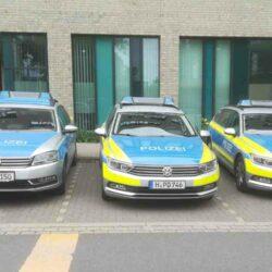 3 Polizei-Einsatzfahrzeuge