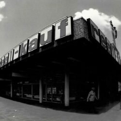 real-kauf Eingangsbereich 1969