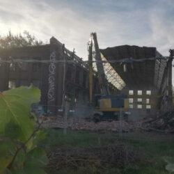 Abriss der Fabrikhalle der Lindener Eisen- und Stahlwerke von 1872